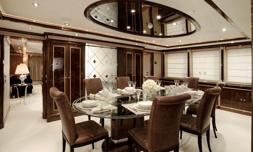 Smania mobili contemporanei yacht
