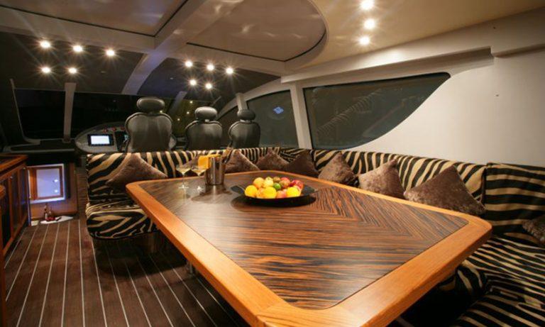 arredamento per yacht di lusso